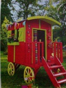 Une mini-roulotte  ..pour votre jardin dans on peut tjrs rever MINIROULOTTE-224x300