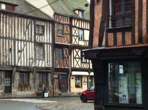 Nogent-le-Roi (Eure et Loir) dans week-end et vacances-pays lointains photo76-300x224